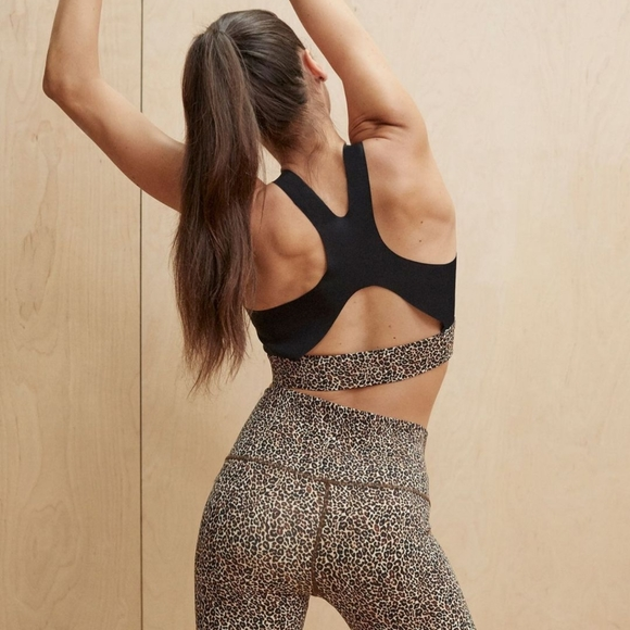 Details about  /NWT Varley Sherman Sports Bra in Classic Leopard Carbon38 Anthropologie Revolve